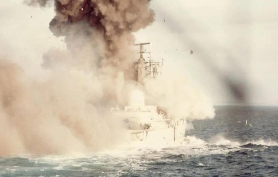 上图_ 马岛战争 旧照