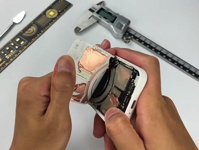 苹果MagSafe外接电池暴力拆解 看完直接劝退