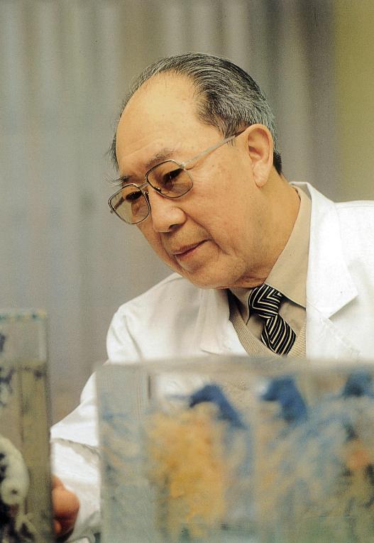 肝胆外科之父吴孟超 要开刀到100岁,最幸运的是倒在手术台边 最新热点 第5张