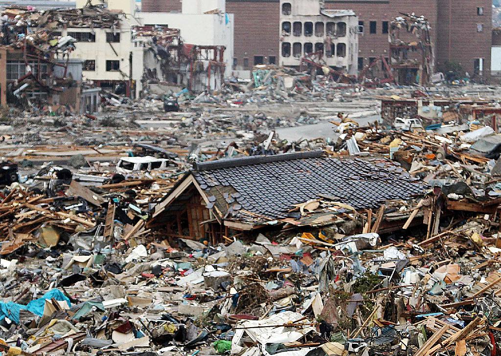 3 月 11 日 地震 本震の前兆 - 東日本大震災の報道の記録