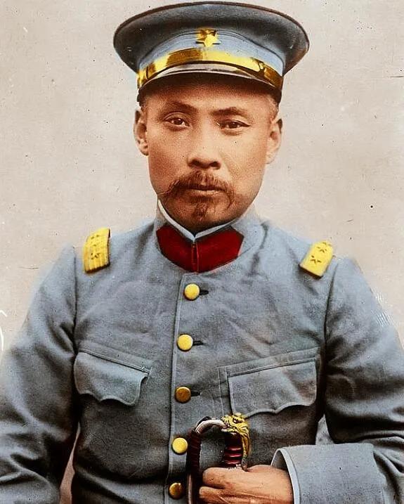 上图_ 段祺瑞(1865年—1936年),字芝泉,曾用名启瑞,生于安徽合肥,皖系军阀首领