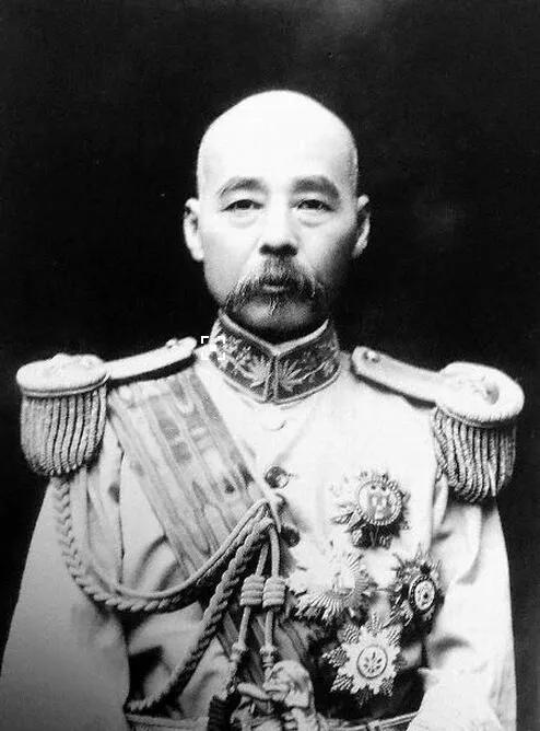上图_ 冯国璋(1859年—1919年),字华符,一作华甫,直隶河间市西诗经村人,直系军阀的首领