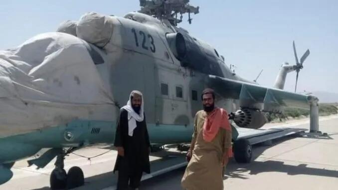 印媒:印度送給阿富汗政府軍的武裝直升機被塔利班繳獲