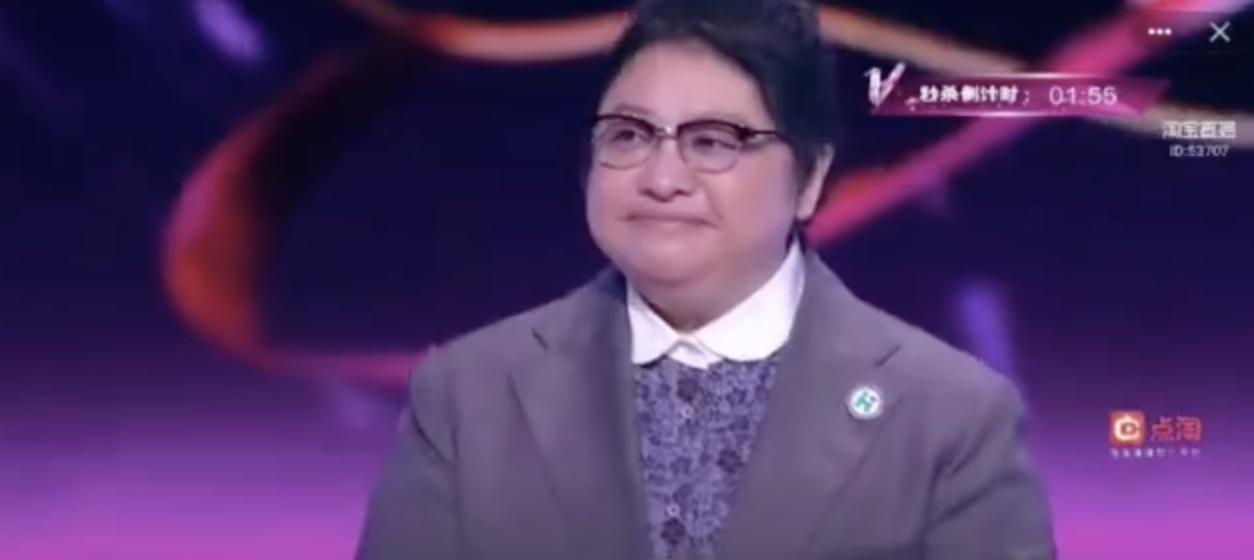 韩红空降薇娅狂欢活动:为薇娅感到骄傲!