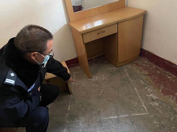 盗墓团伙偷窃清梵寺塔时,在出租屋内打盗洞的位置。