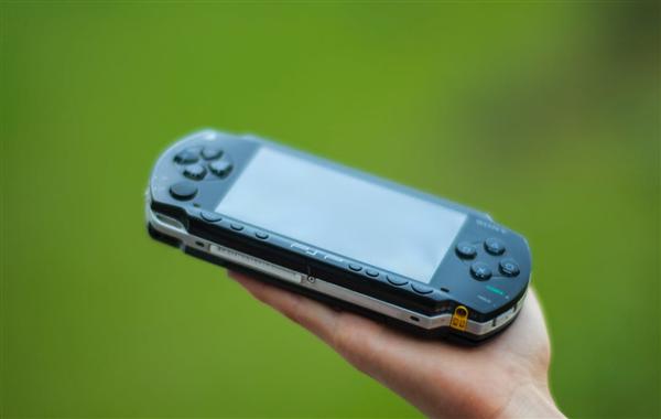 """安卓最强PSP模拟器升级新版本:终于支持""""时间倒流"""""""