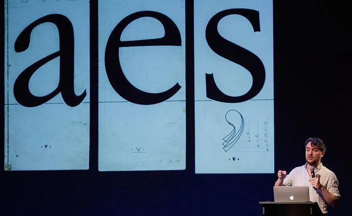 前苹果字体设计师 Antonio Cavedoni.