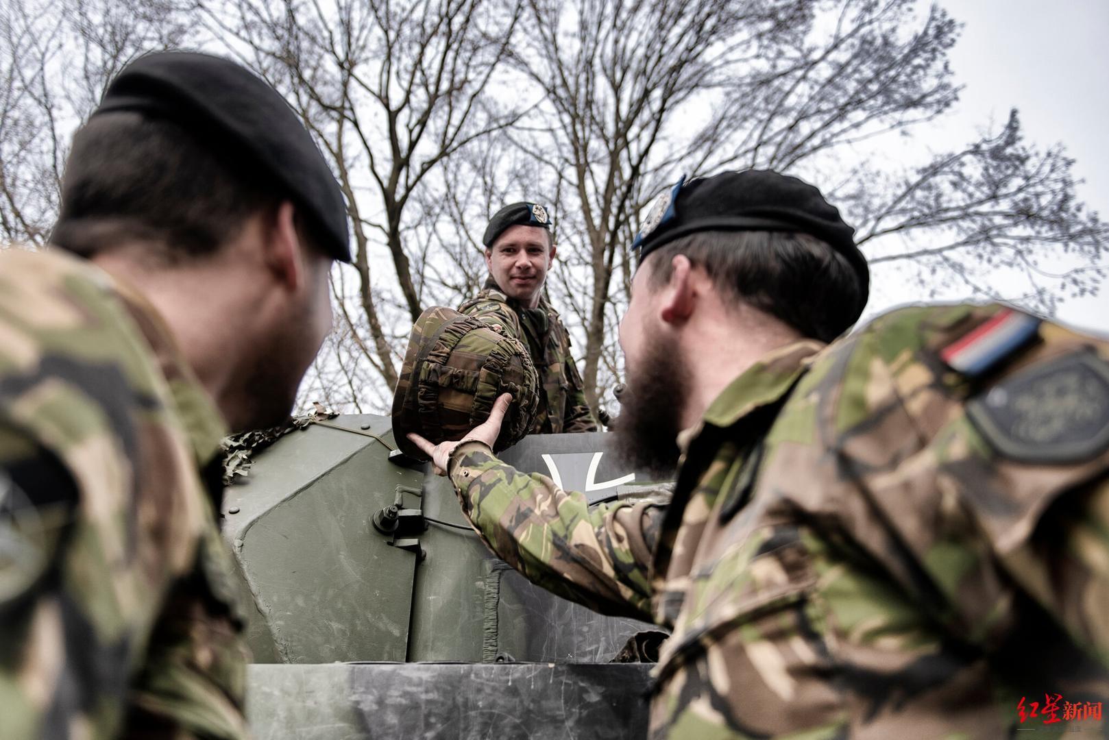 ▲包括德国和荷兰士兵的欧洲坦克营 图据网络