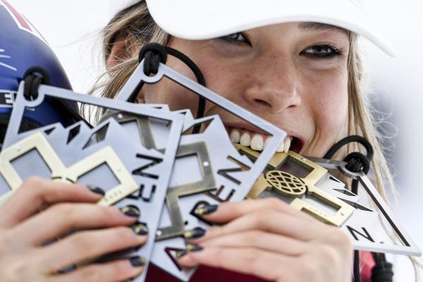 谷爱凌在世界极限运动会获得2金1铜。