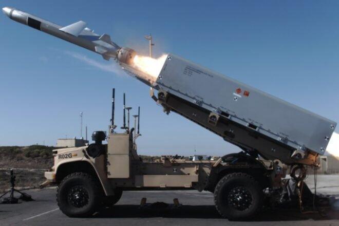 """使用""""地面远征部队遥控火力战车""""(ROGUE)发射了一枚""""海军打击导弹""""!无人车 无人车 第1张"""