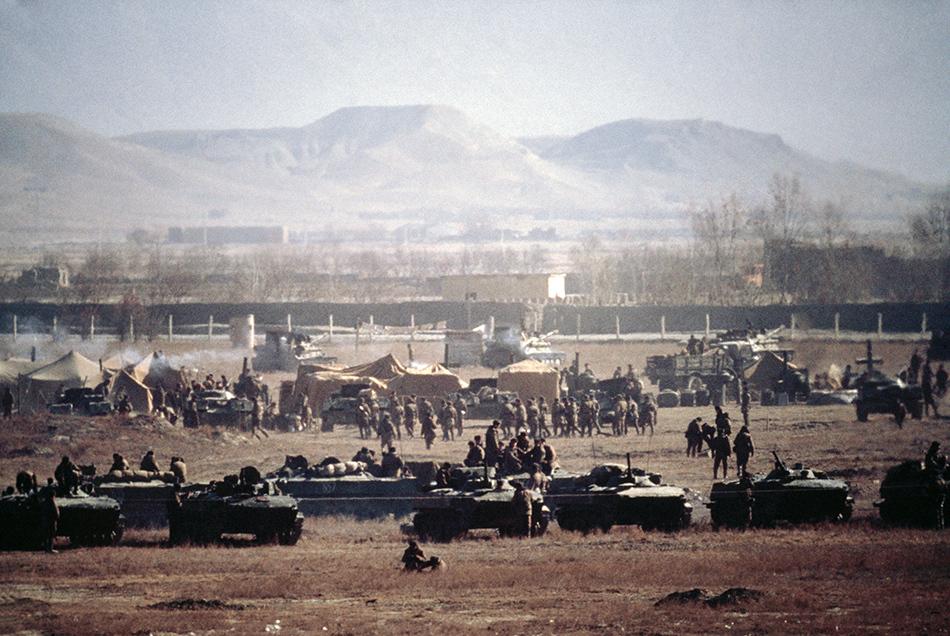 1979年12月29日,阿富汗喀布尔,苏军的营地。