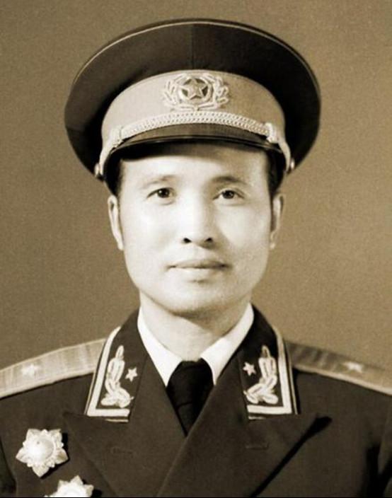 修建司令部司令员陈明义将军