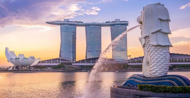 新加坡标志性建筑鱼尾狮