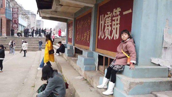 春节电影后劲大:吃大餐、玩推理、慢旅游 每个目的地竟都有聚美街电!