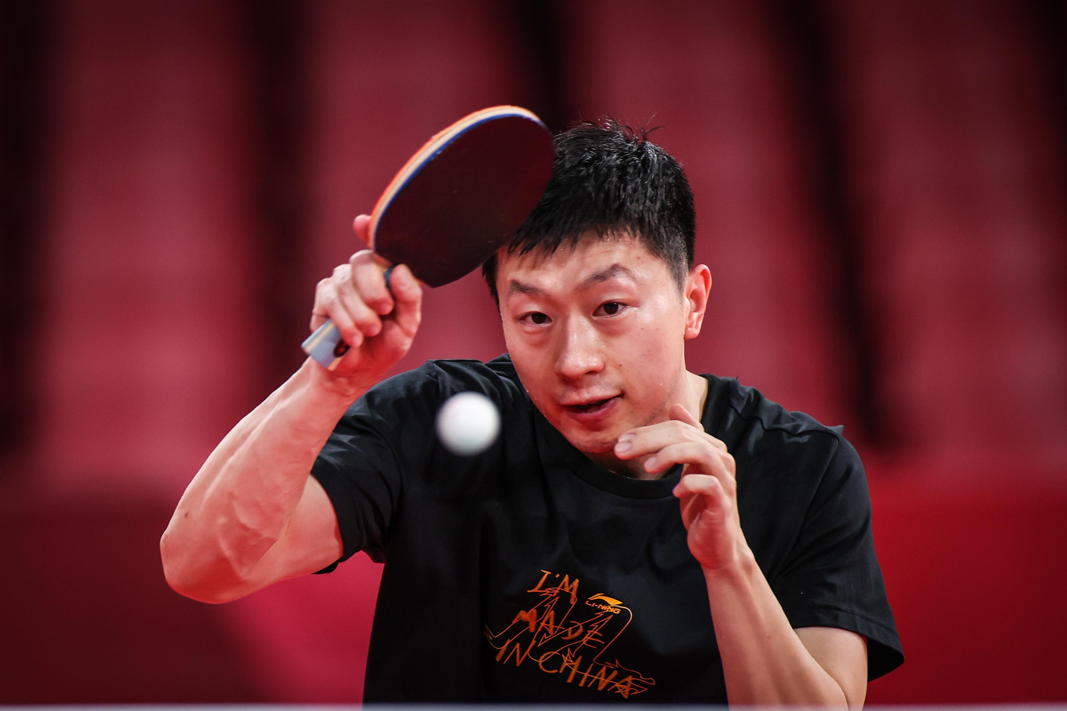 7月21日,马龙在训练。新华社记者 潘昱龙 摄