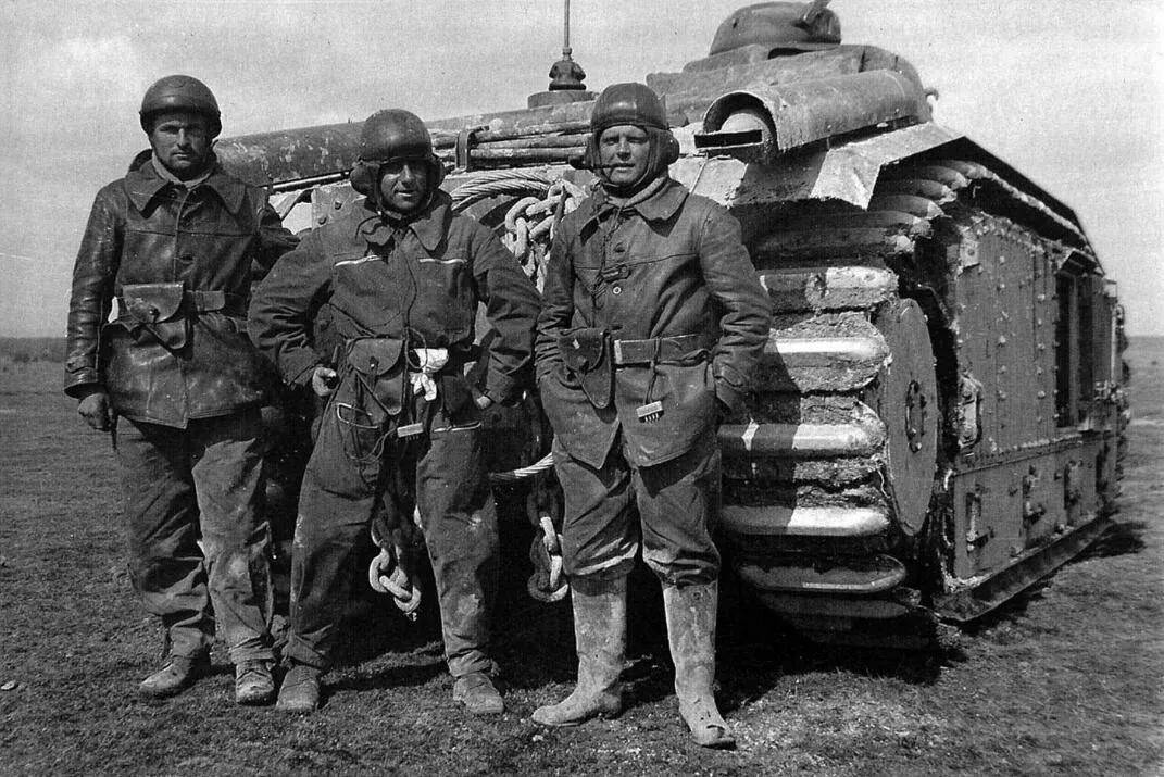 上图_ 二战法国军人