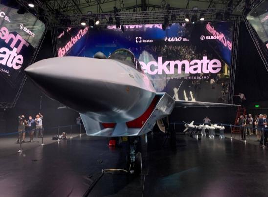 """如果""""将死""""战机单价做到2500万-3000万美元,将成为国际第五代战斗机市场上的""""价格屠夫""""。"""