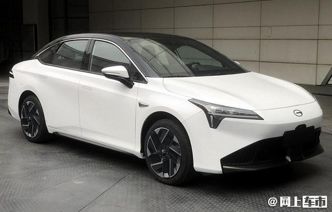 广汽埃安新款AION S曝光动力提升 起售或超16万-图1