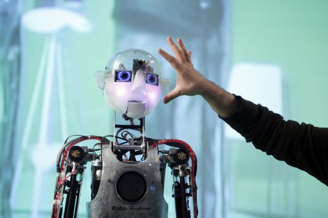 实现通用人工智能的单模态通用技术探讨