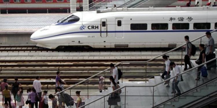 高铁票价定价标准_全国高铁连年亏损,票价该不该涨?_凤凰网财经_凤凰网