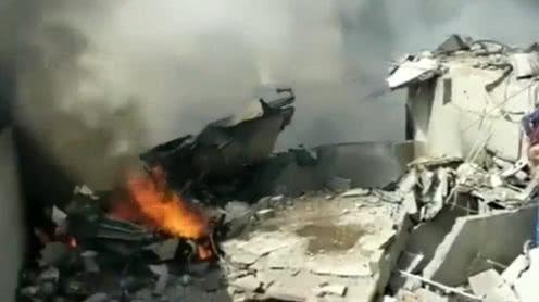 巴基斯坦客机飞行员最后录音曝光:求救 我们失去了两个引擎!