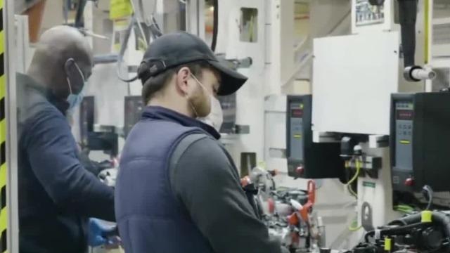 美国三大汽车制造商正式复工 并与当地医疗机构合作