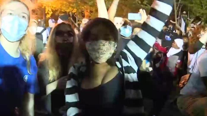 美国华盛顿抗议冲突升级 亚裔也加入了