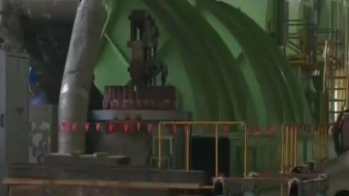 台中火力发电厂2号机组投煤发电 台中市政府再罚并函送负责人
