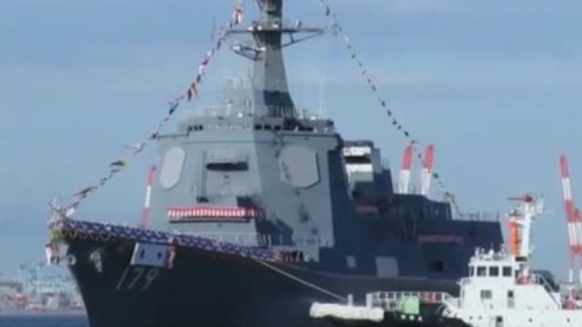 055型万吨驱逐舰正式服役 其战斗力究竟有多强大呢?