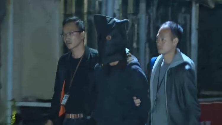 香港警方在旺角缴获土制炸弹 拘捕3人