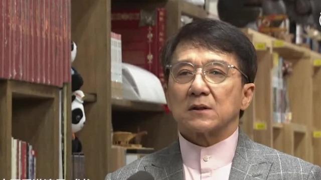 成龙:香港近期事态令人痛心,我就是护旗手!