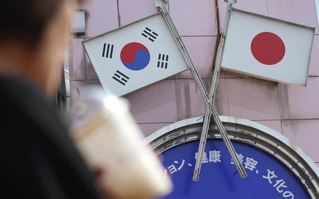 韩日决裂越走越远:从消费品到军事同盟 (图)