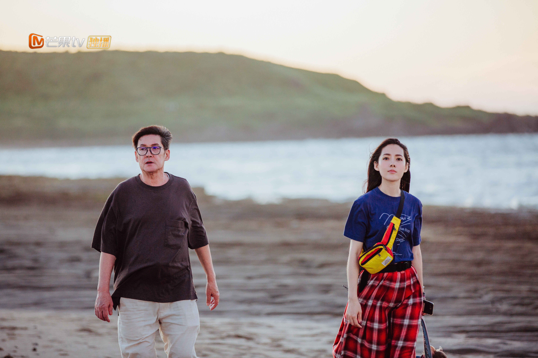 《女儿2》郑爽与爸爸回忆童年落泪郭碧婷爸爸评价向佐