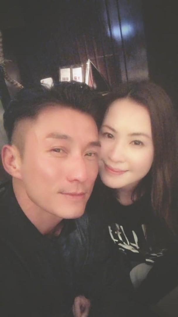 TVB小生陈山聪将娶圈外女友 拟结婚通知书曝光