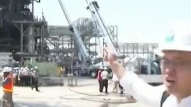 央视记者探访沙特遭袭石油设施 此前从未允许媒体进入