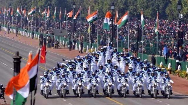 印度阅兵别总盯着摩托表演,它比你想象的更有料