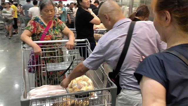 上海夫妇出征Costco:一进超市 人就兴奋起来了