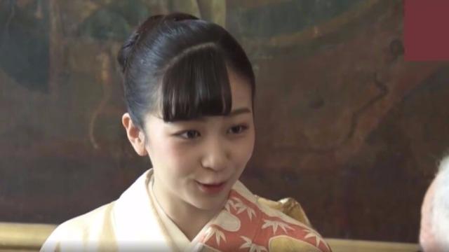 """日本皇室""""最美公主""""首次出访 身穿和服惊艳亮相"""