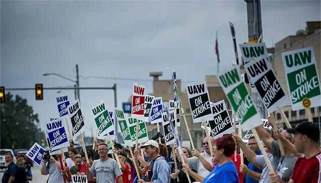 薪酬医保未谈拢罢工持续 通用汽车加拿大裁员千人