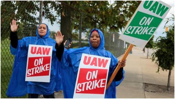 """全美约5万通用工人大罢工 特朗普""""劝和"""":赶紧谈协议"""
