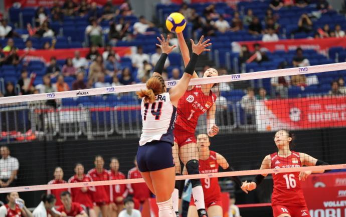 中国女排高歌猛进!迎来世界杯四连胜