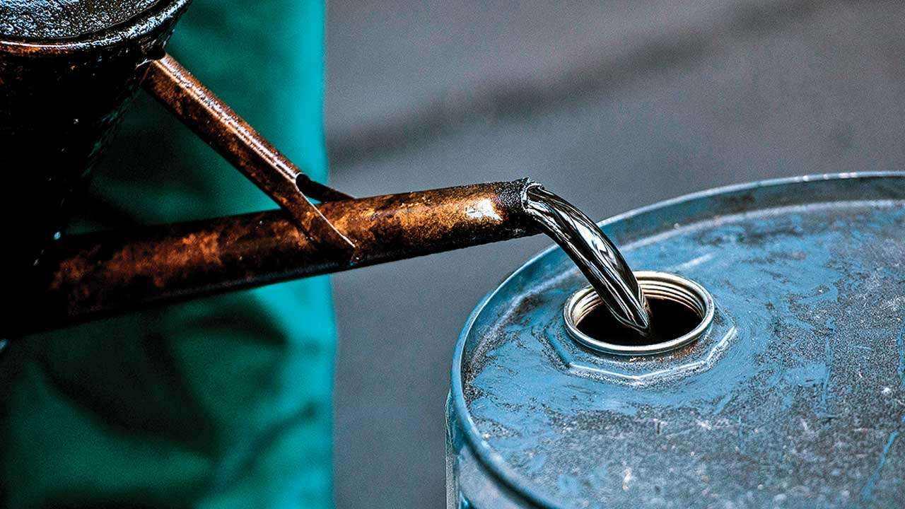 布伦特原油开盘暴涨17% 此前沙特产油设施因遭袭减少供应