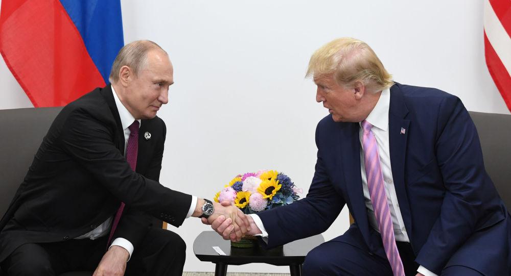 俄國蹭熱點:美方也要公布普京與特朗普保密通話記錄?(圖)