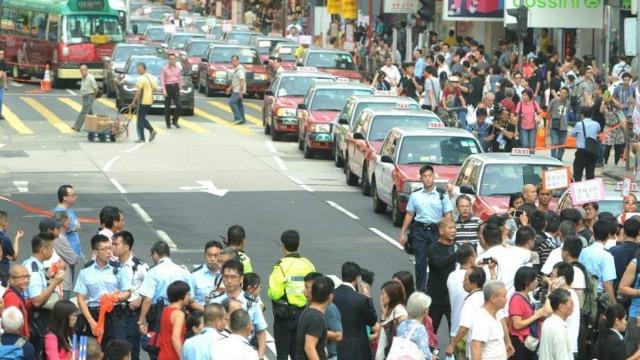霍启刚:最害怕的就是香港有些人开始无视法律