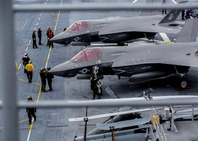 美陆战队最新里程碑:两栖攻击舰载F35B变轻型航母