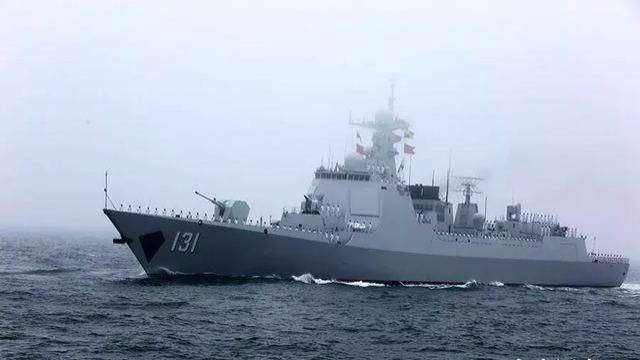 太原舰赴日参加阅舰式 进入太平洋时遭遇日本舰艇