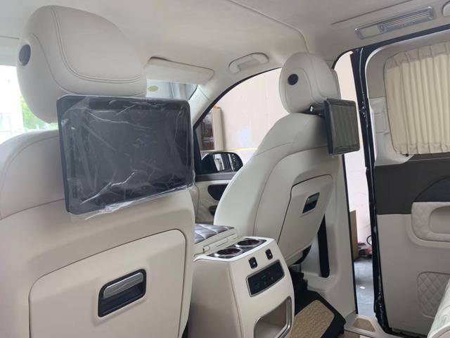 迈巴赫S680太贵,换种方式享受更高级的座驾,奔驰V260 AMG版