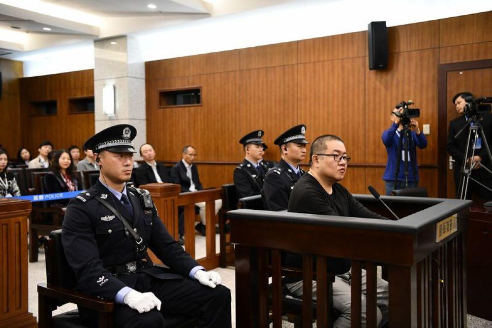 孫小果再審案開庭 19名涉案人員被移送起訴(圖)