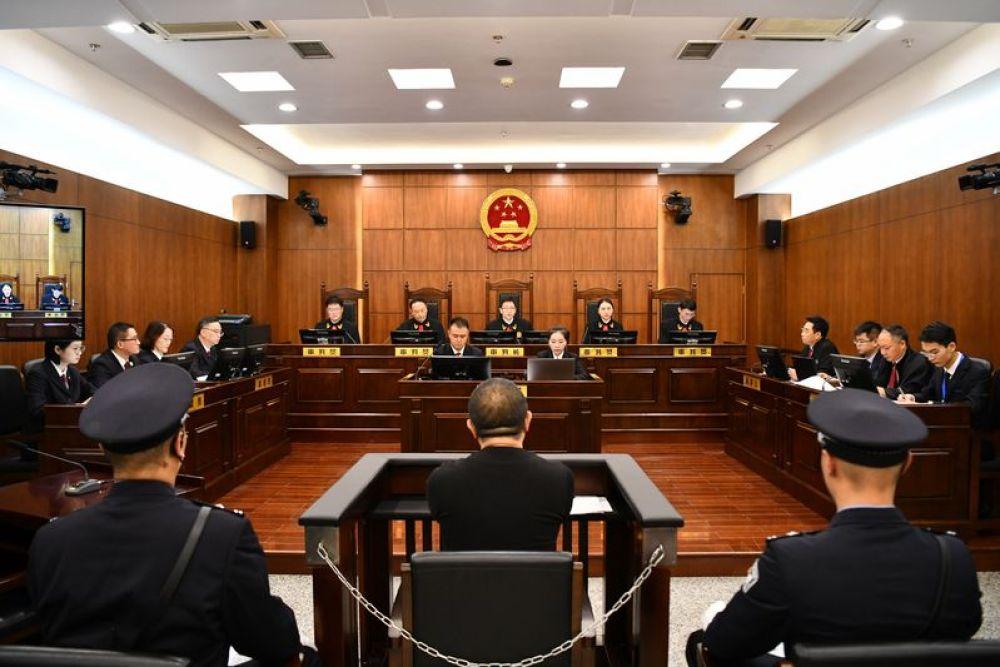 孙小果再审案开庭 19名涉案人员被移送审查起诉