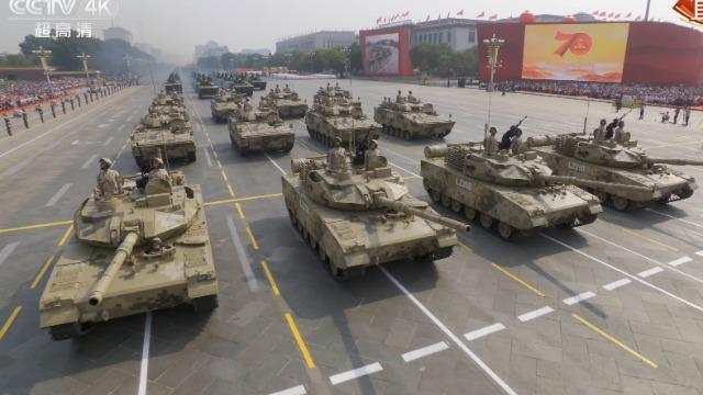 阅兵展示的新装备说明解放军战斗力正在急速提升